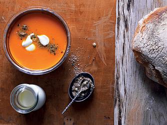 Arabisk gulerodssuppe med dukkah
