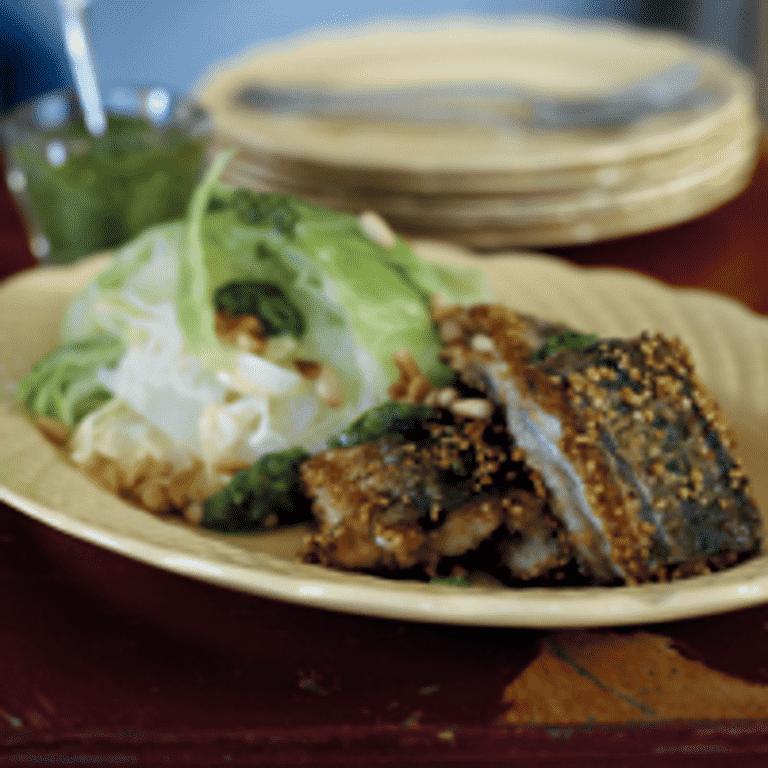 Hornfisk med spidskål og persillepesto