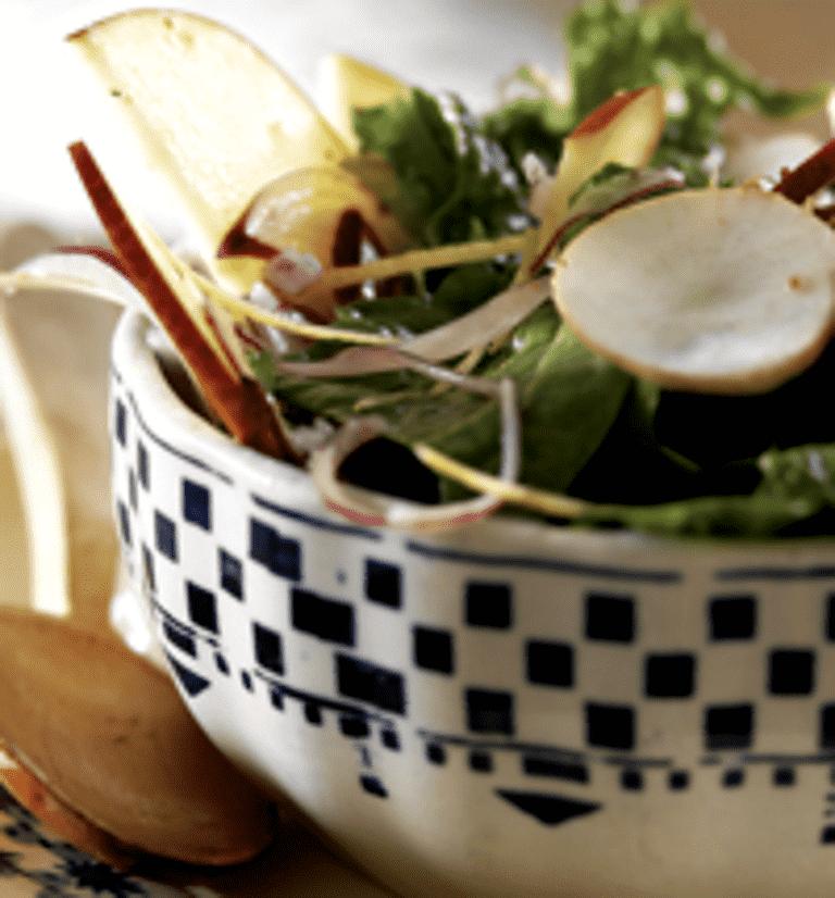 Jordskok- og æblesalat