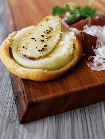 Kartoffel- og løgpizza