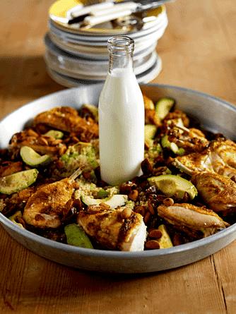 Kylling med quinoa, avocado og mandler