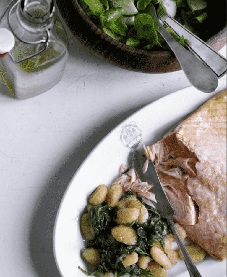 Laks Gnocchi Med Spinat Og Feldsalat Opskrift Fra Aarstiderne