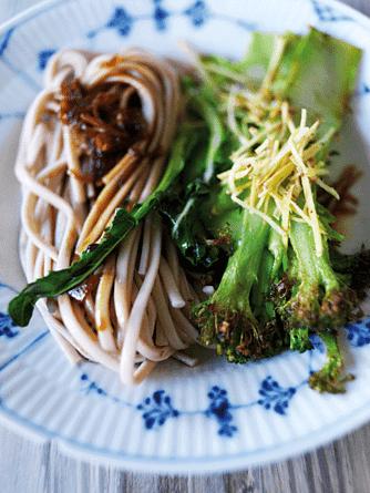 Nudelsalat med broccoli