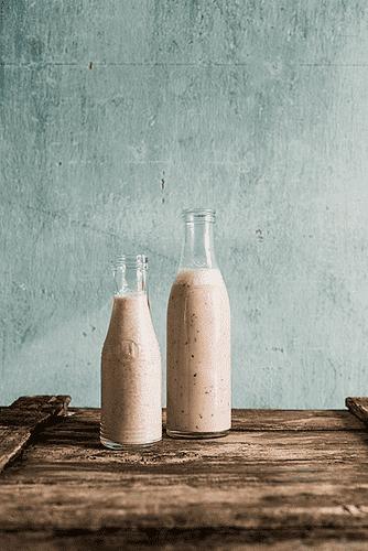 Pære- og ingefærnøddemælk
