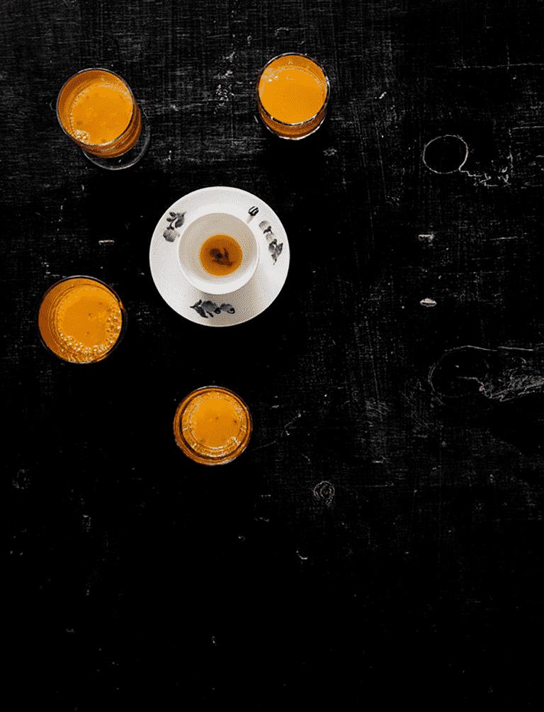 Passionsfrugt og mango