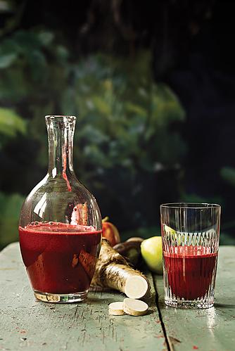 Rødbede, æble og peberrod