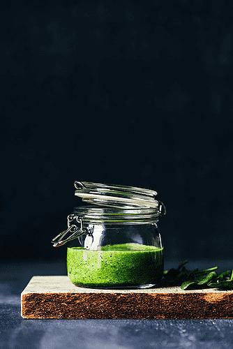 Spinat og fersken