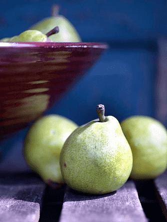 Iskall päronsaft med mynta och en gnutta Havannarom